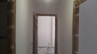 2 mano de plastico sideral s-500 blanco en paredes (7)