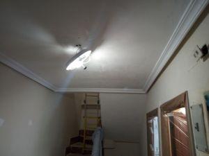 Aplicado 1º mano de aguaplast en techos (4)
