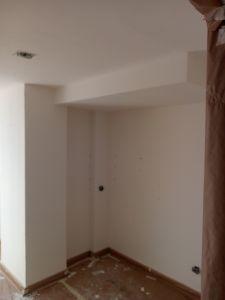 Aplicado 1ª Mano de Aguaplast Macyplast en techos y paredes (9)