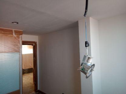 Aplicado 2ª Mano de Aguaplast Macyplast en techos y paredes (16)