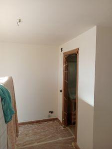Aplicado 2ª Mano de Aguaplast Macyplast en techos y paredes (30)