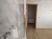 Reflejos sobre estuco marmoleado gris (2)