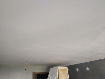 Aplicado 1 mano de aguaplast macyplast en techos (1)