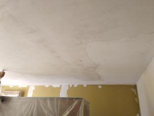 Dormitorio Raspado de techo y aplicado fijador