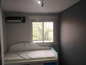 Habitacion 1 Plastico color gris claro y esmalte gris oscuro (1)