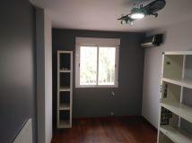 Habitacion 2 Plastico color gris claro y esmalte gris oscuro (11)