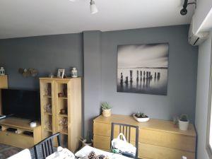 Salon plastico sideral color gris y esmalte al agua color gris oscuro (6)