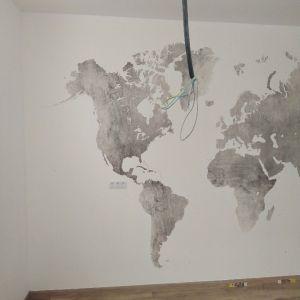 Colocacion de papel pintado mapa mundial (2)