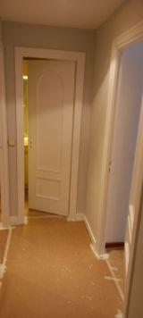 Lacado de puertas blanco y plastico liso gris con veloglas (8)