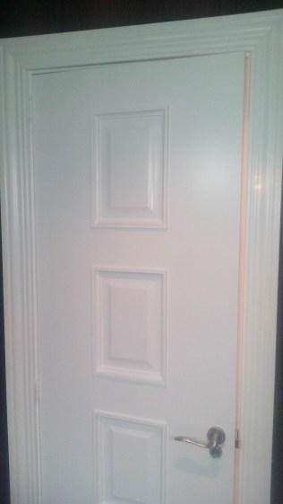 lacado-de-puertas-en-blanco-acritec-11