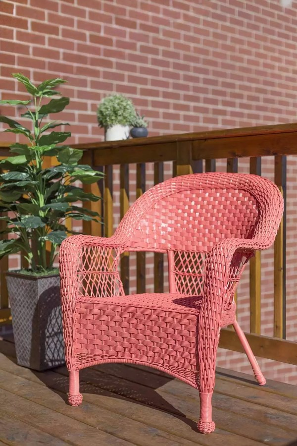 300A5245 INC 0005 0317 ROC Inspire Coral WickerChair After Selected