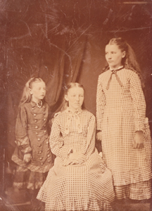 Ingalls, Carrie, Mary, and Laura id126 LIWHA