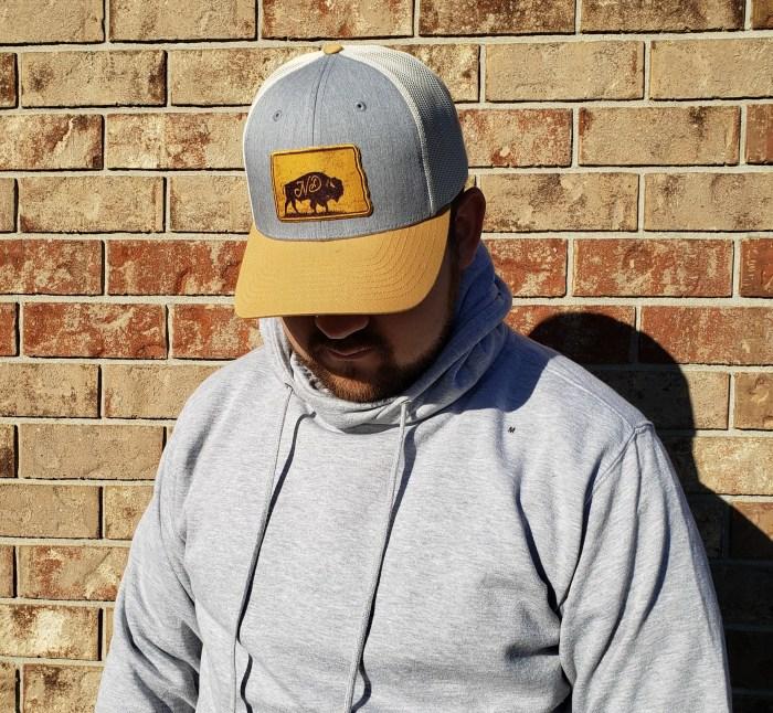 North Dakota Bison Hat Cap Men's Model