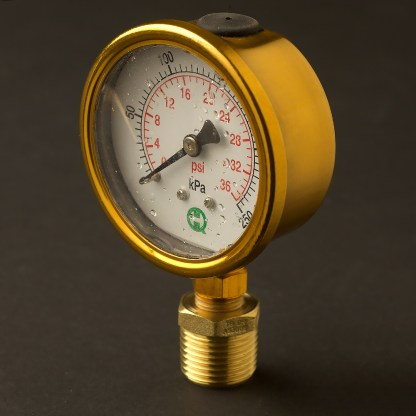 Half inch steel case brass color 15mm pressure gauge
