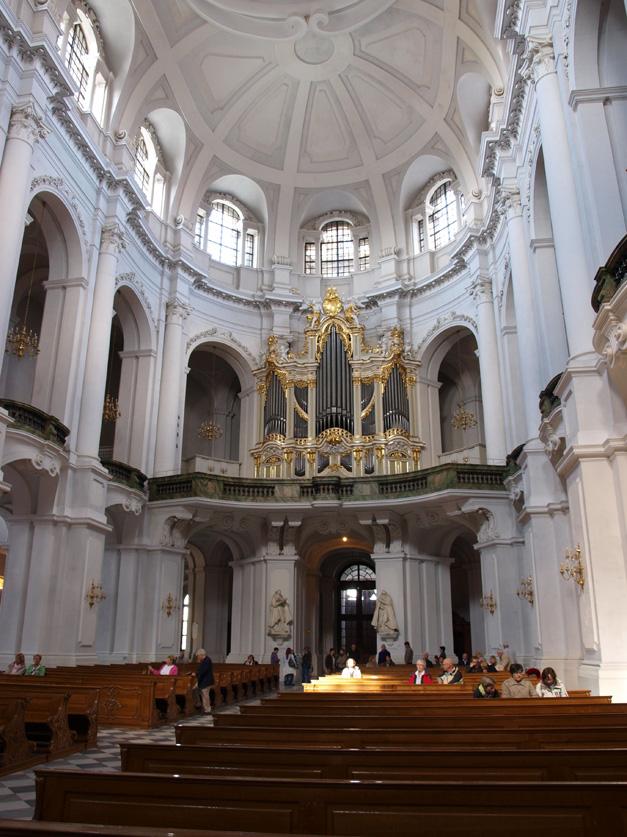 Hofkirche organ, photo by Thomas Augustin