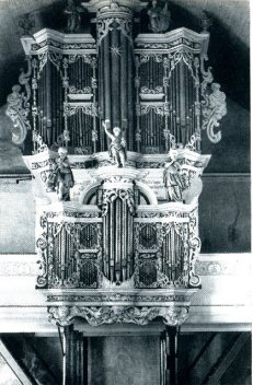 Cappel organ in 1958, photo from Klingende Schätze Orgeln zwischen Elbe und Weser