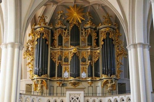 """Marienkirche organ, photo by """"Werner100359"""""""