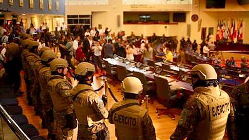Haciendo Historia: Militarizacion de la Asamblea Legislativa – 2020.02
