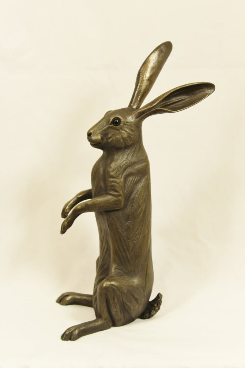 bronze resin Hare On the Lookout, large