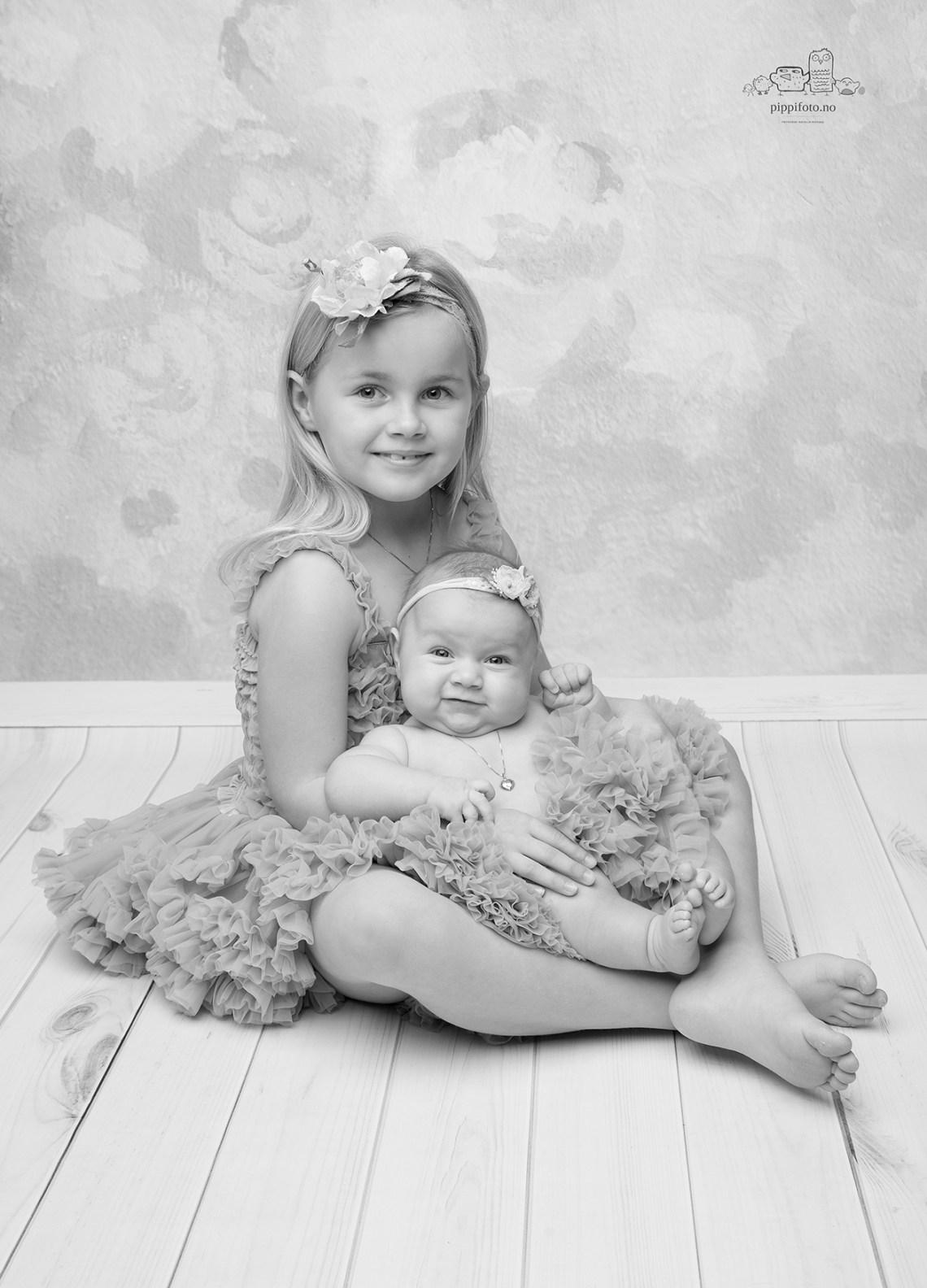 søsken-fotografering-søskenbilder-barnefotografering-oslo-babyfotografering-pris