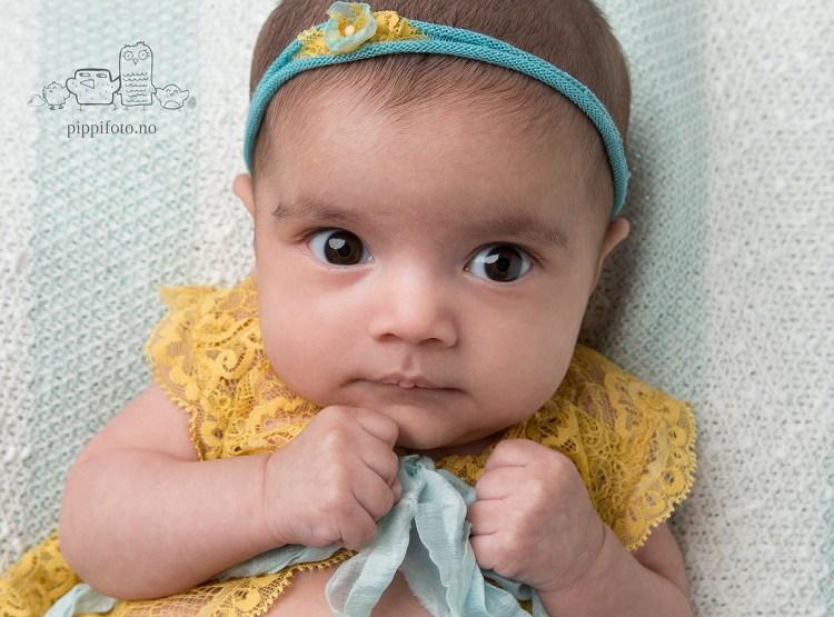 nyfødtjente-nyfødtfotograf-nyfødt-baby-babyfotograf-oslo