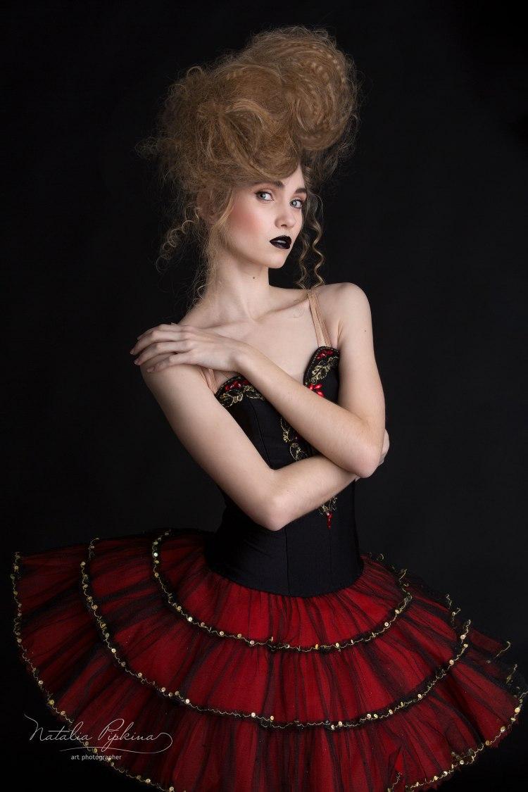 artistportrett-ballerinna-ballett-dans-oslo