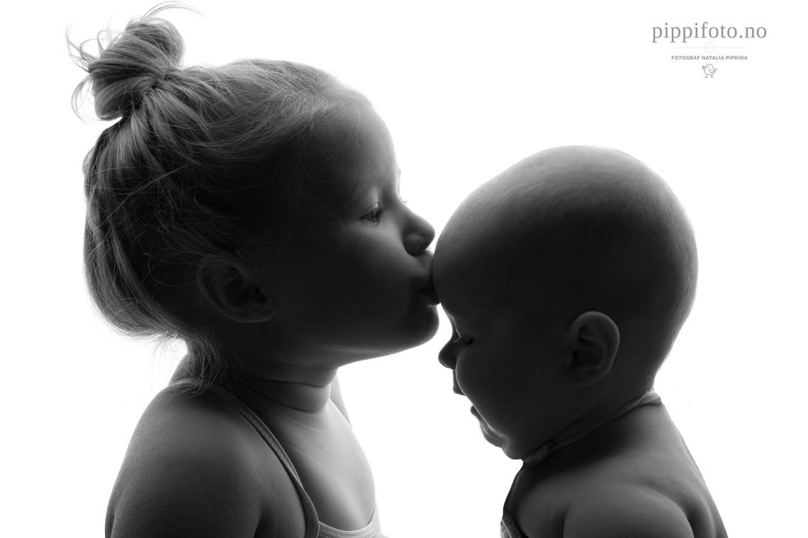 søskenfotografering-barnefotografering-oslo-søskenbilder-barnefoto-pris