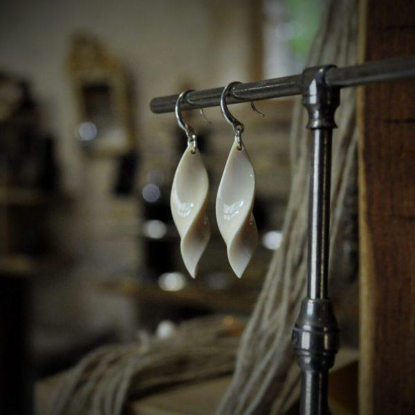 boucles d'oreille ivoire de mammouth bijou précieux