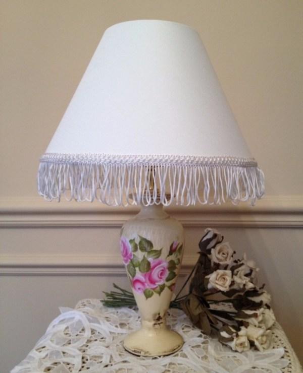 Люстры в стиле прованс фото в интерьере – белые потолочные ...