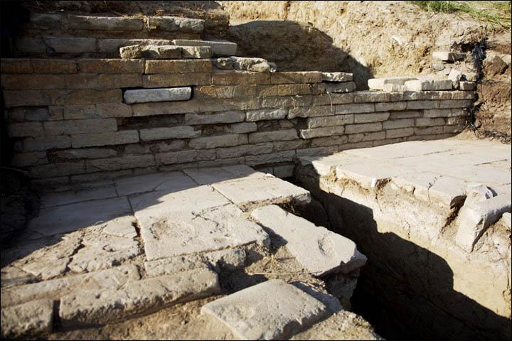 Dentro de las paredes de Por-Bajin