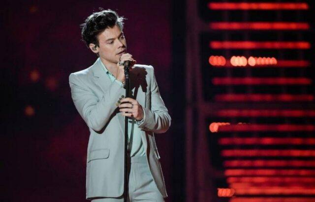 Ex-One Direction, Harry Styles adia shows no Brasil em 2020