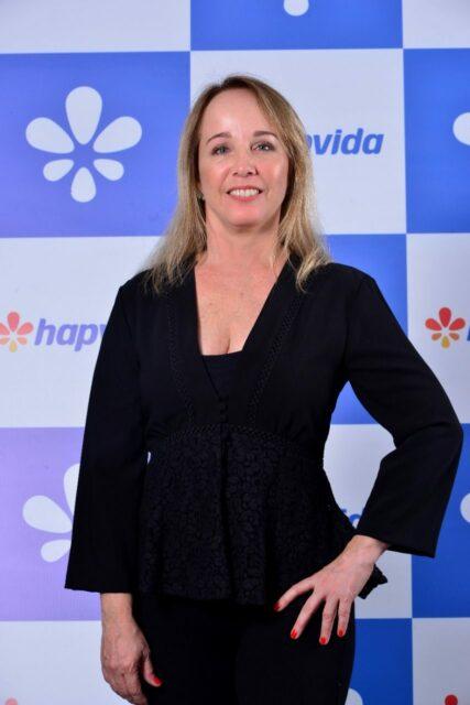 Uma foto de Rejane Abreu, diretora Superintendente Executiva de Atendimento e Experiência do Cliente do Sistema Hapvida