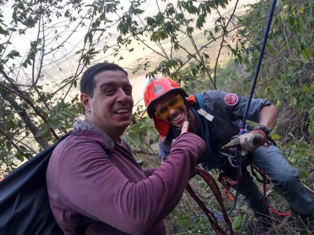 Corpo de Bombeiros de Piracicaba é acionado à serra de São Pedro para resgatar homem