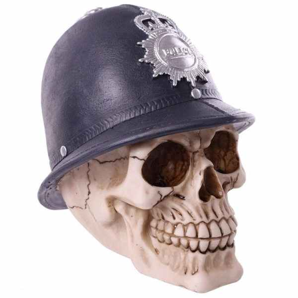 Scotland yard skull decoration