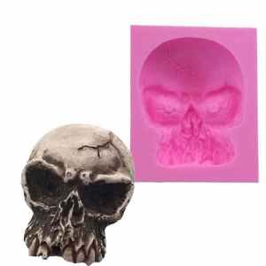 Silicone skull cake mold