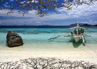 clear water at Banol Beach Coron