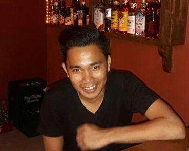 friendly barman ain the Pirates Tavern Bar