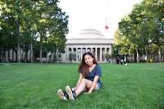 My most favorite uni campus in the whole world :D (I'm serious, I love MIT campus so much I wish I could live there without being admitted!)