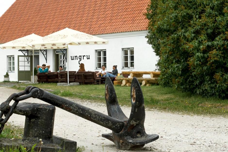 ungru-43