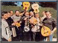Grupo de musica La Ronda de Boltaña