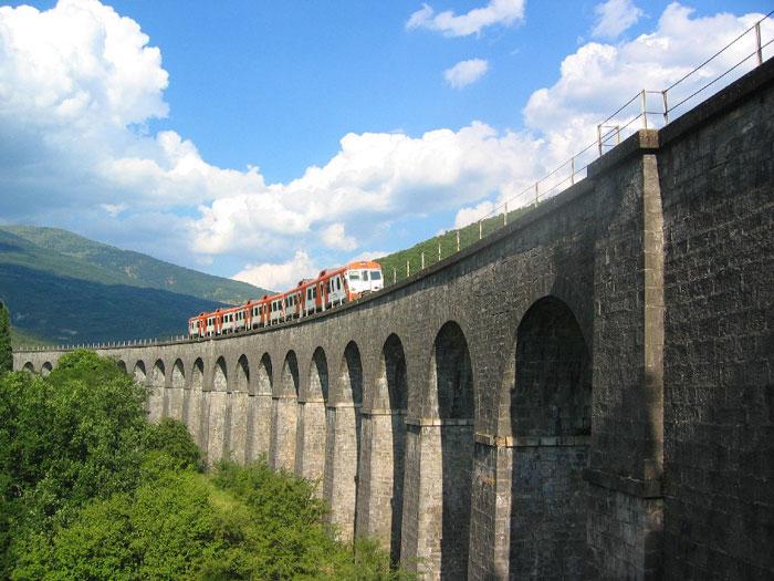 Viaducto de Cenarbe