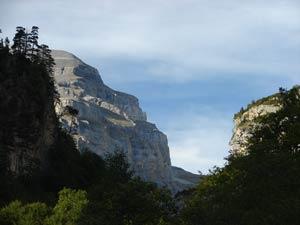 Añisclo, Ordesa, La Ripareta. Al fondo, Punta de las Olas