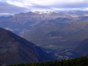 Valle del Ara. Ordesa al fondo