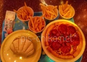 ホタテコロッケサンド、ピザ、ポテト