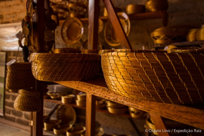 Artesanato de capim dourado da comunidade quilombola Mumbuca, no Jalapão.