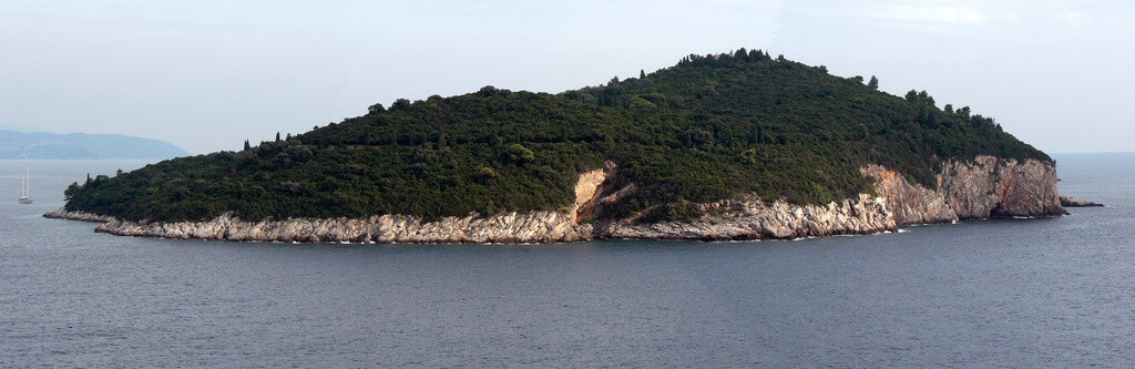 que ver en los alrededores de dubrovnik Isla Lokrum