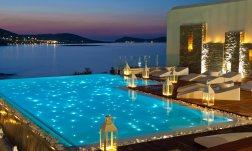 piscina-iluminada-con-fibra-optica