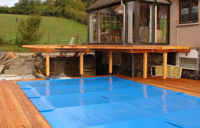 Quelle taille de couverture à barres de sécurité choisir pour ma piscine ?