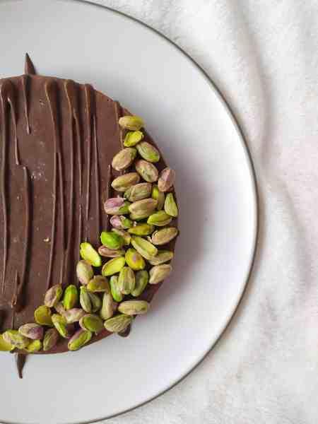 Receta pastel crudivegano de pistacho y chocolate