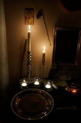 Dies ist das Ritual mit Hrayel.